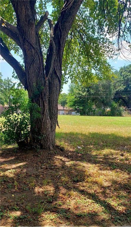 8 Brady Drive, Hearne, TX 77859 (MLS #20013228) :: Treehouse Real Estate