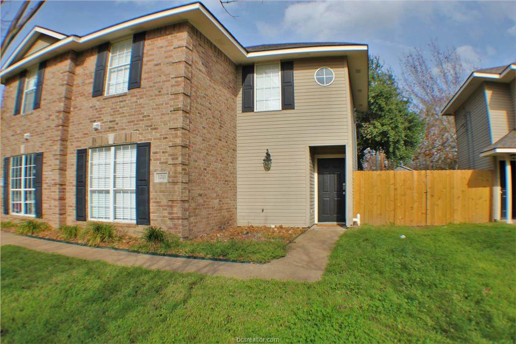 1209 Oney Hervey Drive - Photo 1