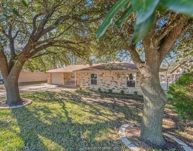 3106 Old Hearne Road, Bryan, TX 77803 (MLS #20018432) :: Chapman Properties Group