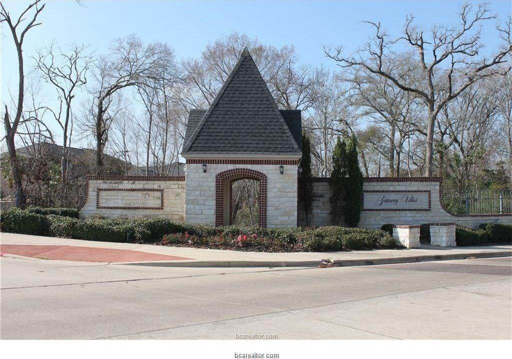 318 Forest Drive - Photo 1