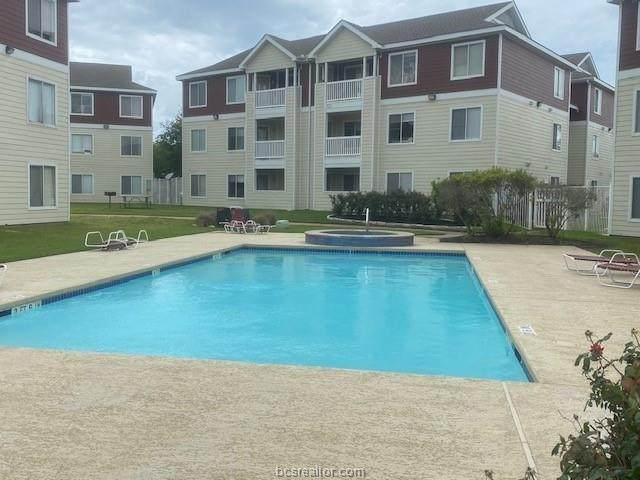 523 Southwest Parkway #103, College Station, TX 77840 (MLS #21007173) :: The Lester Group