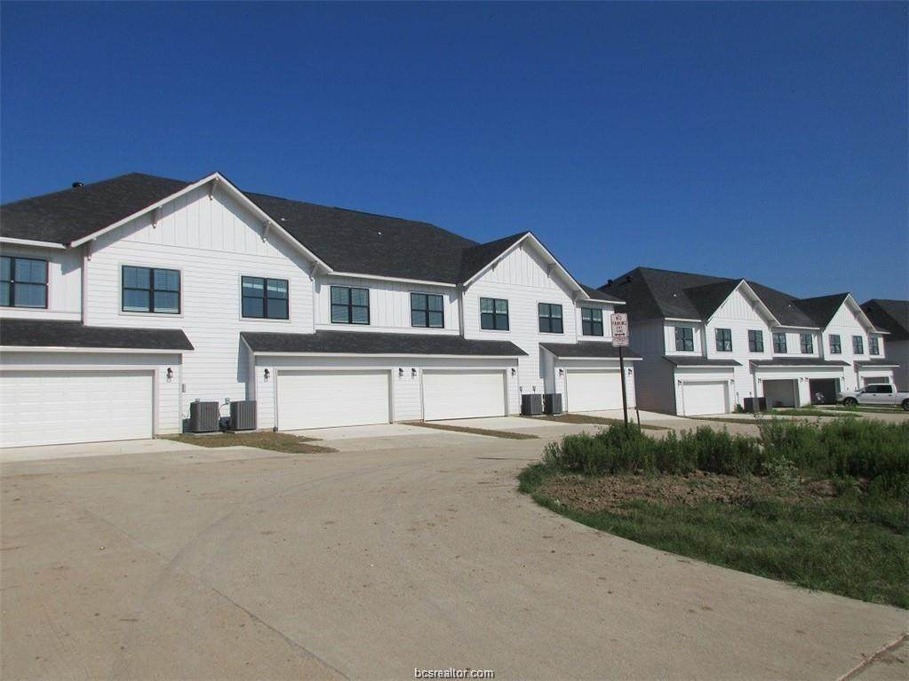 2116 Crescent Pointe Parkway - Photo 1