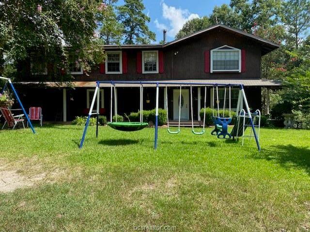 24 Warbonnet, Huntsville, TX 77320 (MLS #21010585) :: Treehouse Real Estate