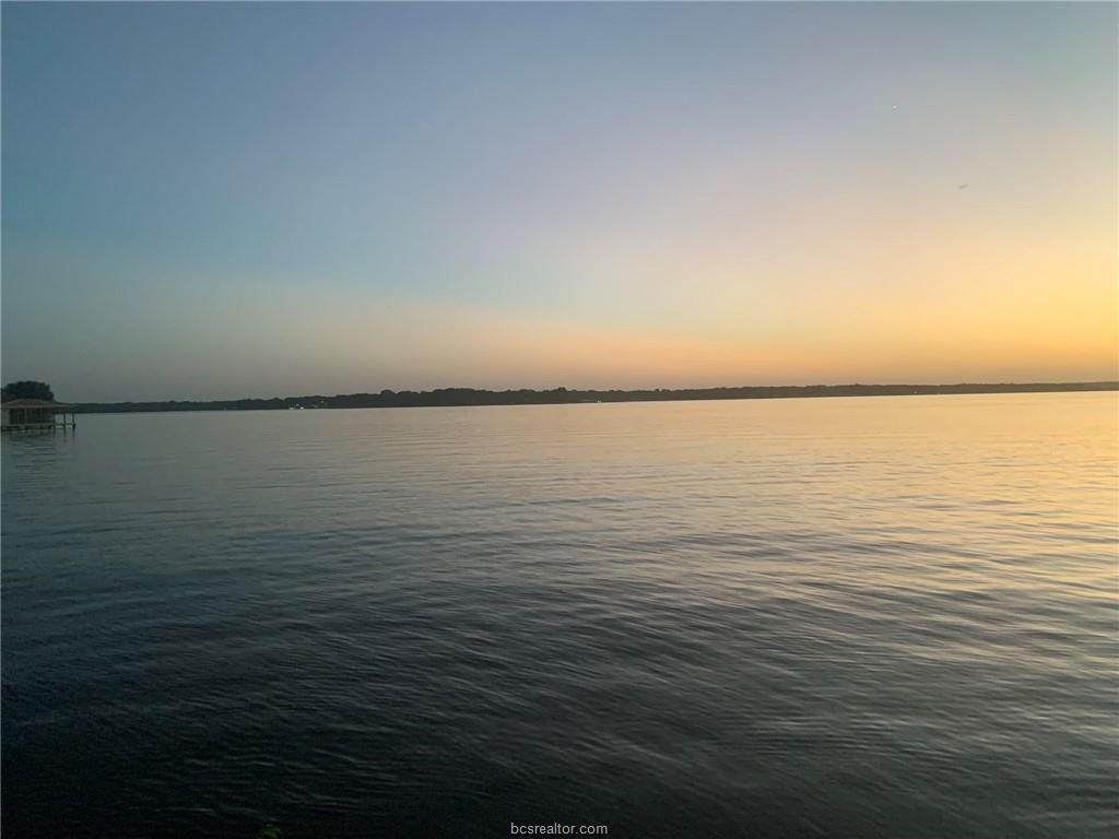 https://bt-photos.global.ssl.fastly.net/bcsmls/orig_boomver_1_21012436-2.jpg