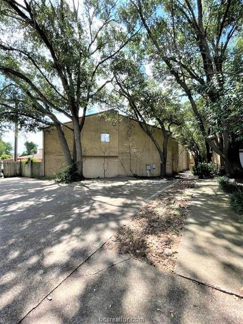 4345 Carter Creek #1, Bryan, TX 77802 (MLS #21012905) :: BCS Dream Homes