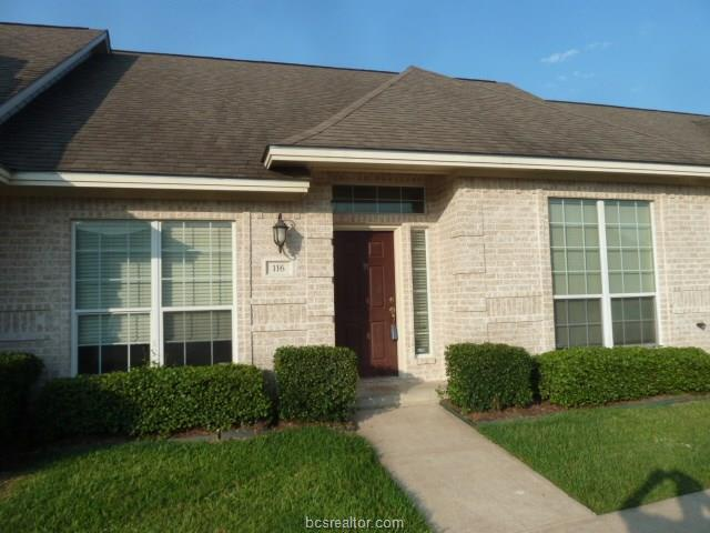 116 S Fraternity Row, College Station, TX 77845 (MLS #18011454) :: Treehouse Real Estate