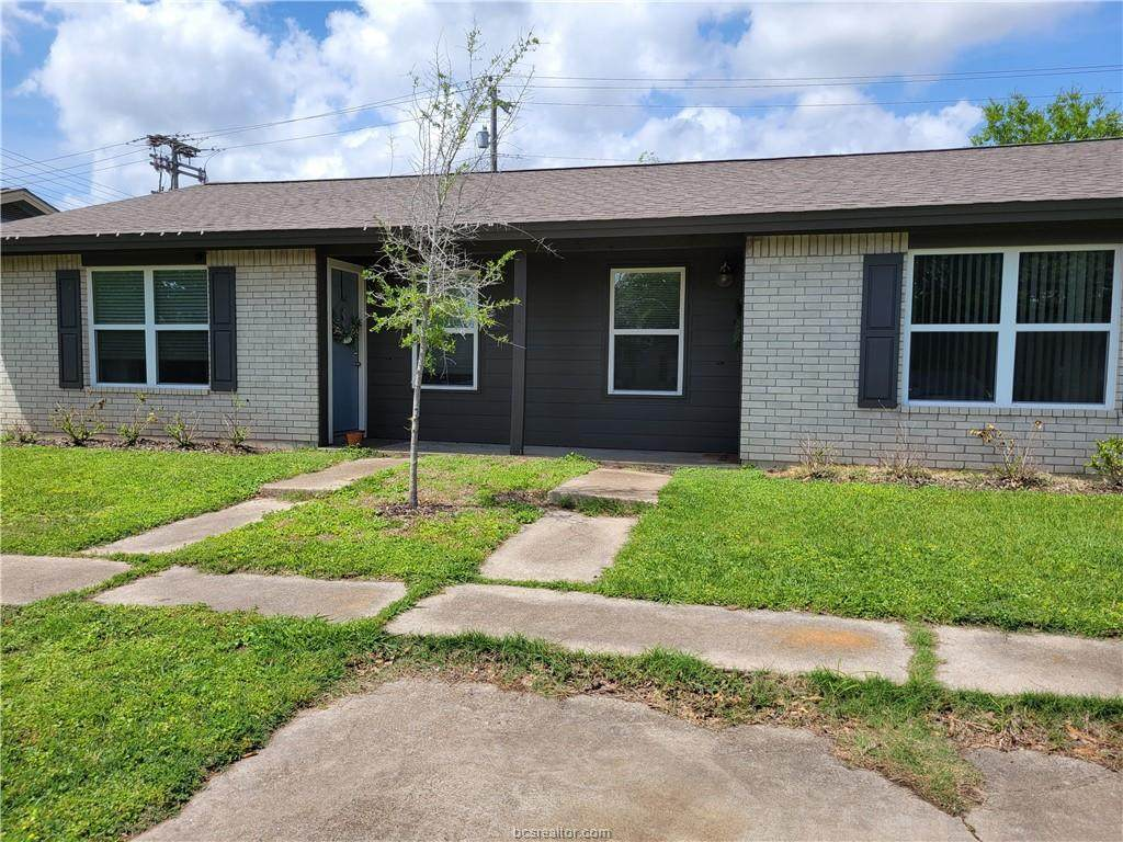 1207 Airline Drive - Photo 1