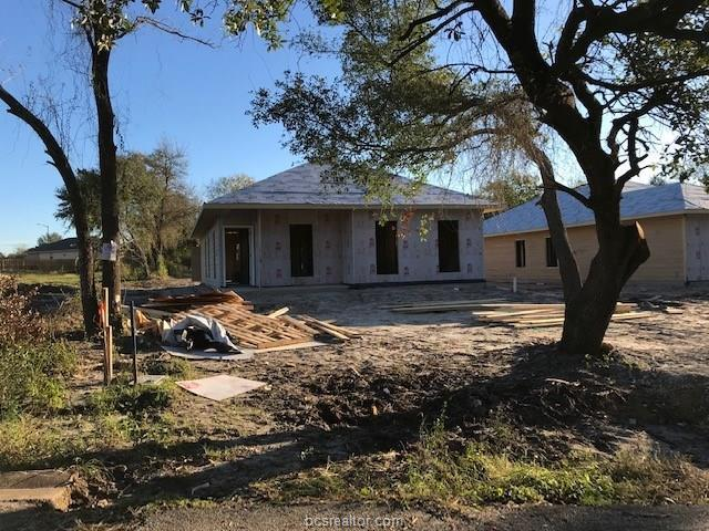 1901 Beason Street, Bryan, TX 77801 (MLS #18018982) :: BCS Dream Homes