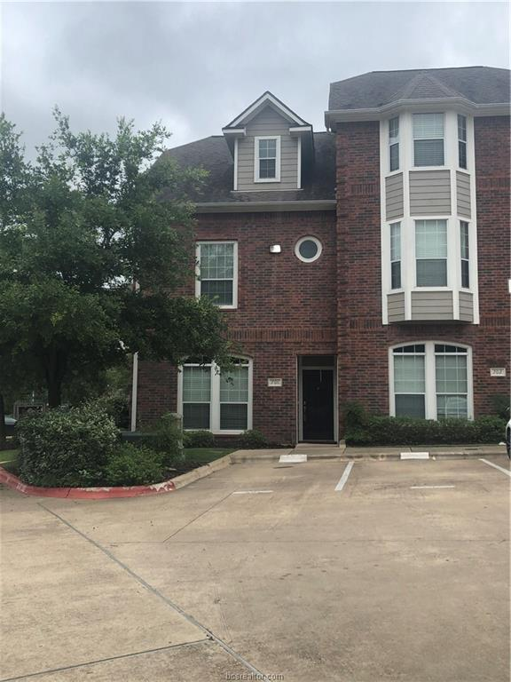305 Holleman Drive #701, College Station, TX 77840 (MLS #19007914) :: Cherry Ruffino Team