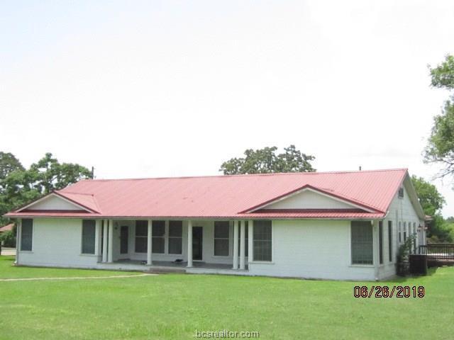 805 E Wharton Street, Calvert, TX 77837 (MLS #19010316) :: Treehouse Real Estate