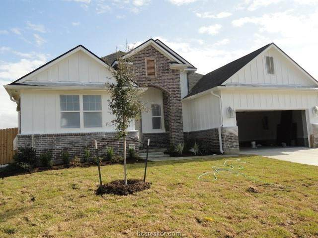 3349 Stonington, Bryan, TX 77808 (MLS #20013596) :: BCS Dream Homes