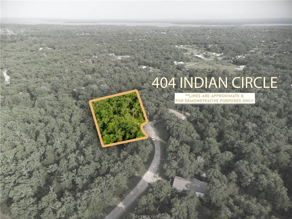 405 Indian Circle - Photo 1