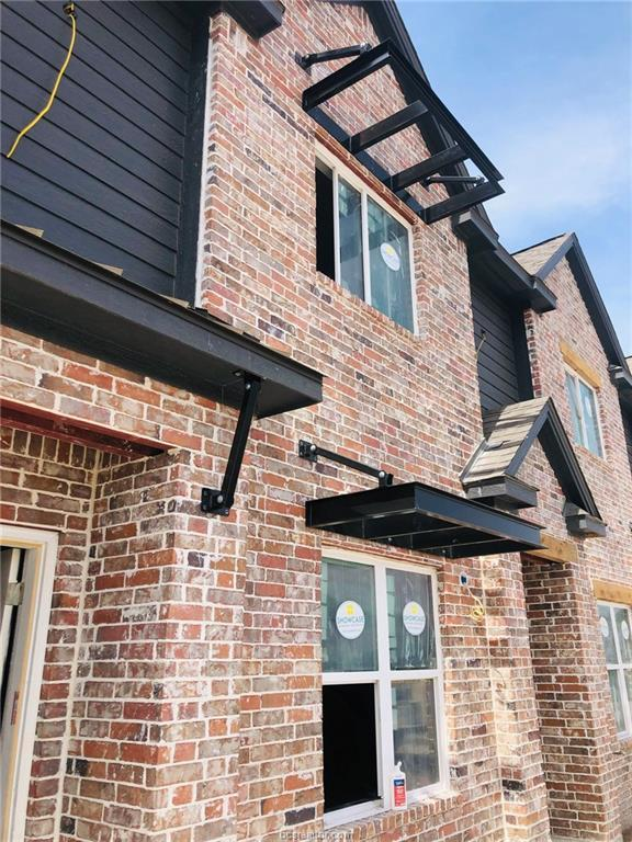 1451 Associates Avenue #307, College Station, TX 77845 (MLS #19000417) :: Treehouse Real Estate