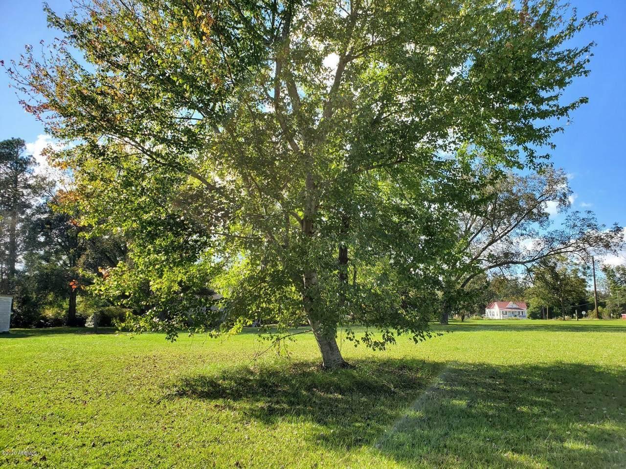 485 Weed Avenue - Photo 1