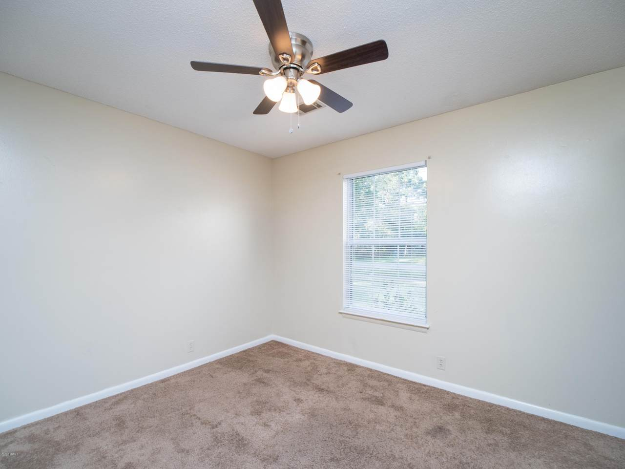 3156 Clydesdale Circle - Photo 1