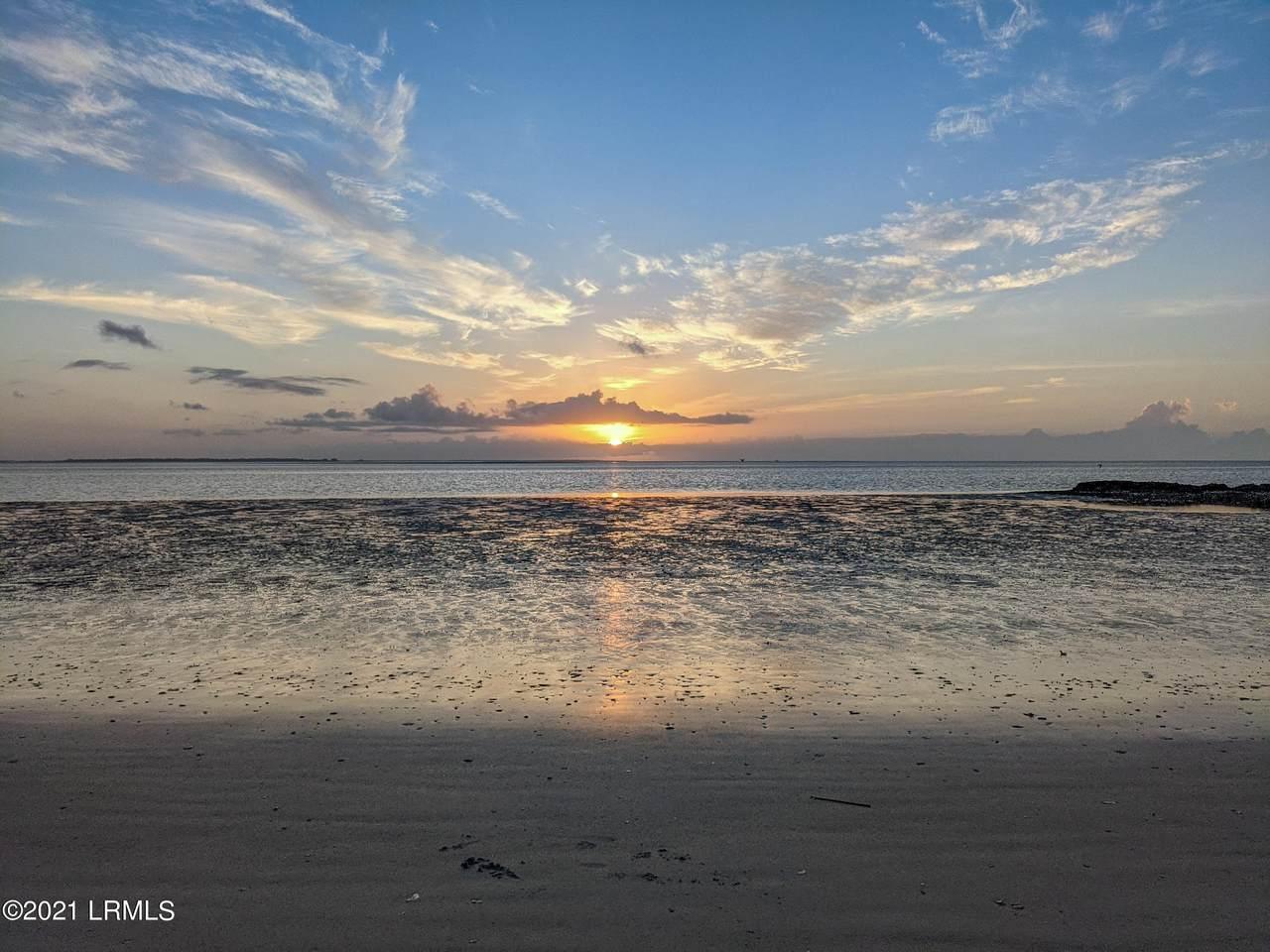 144 Sea Pines Drive - Photo 1