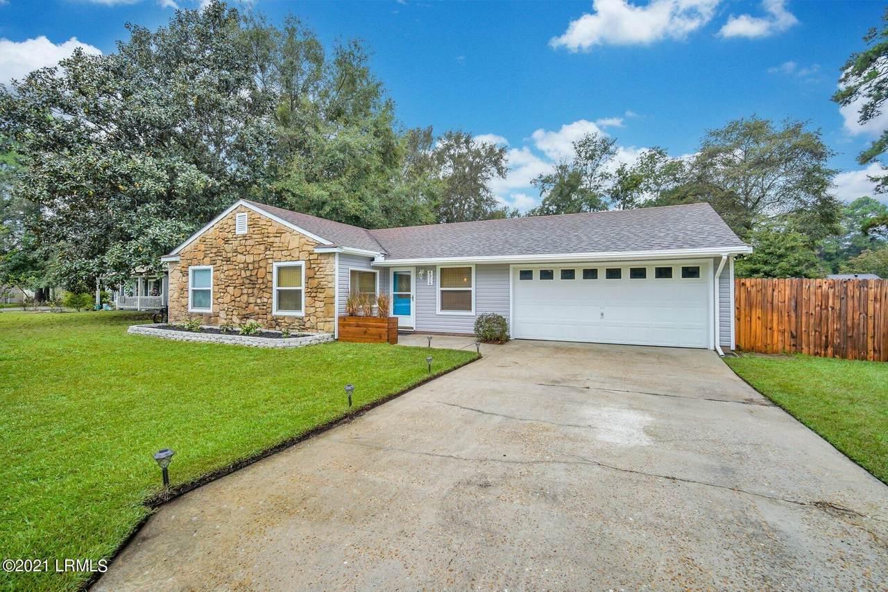 4316 Pinewood Circle - Photo 1