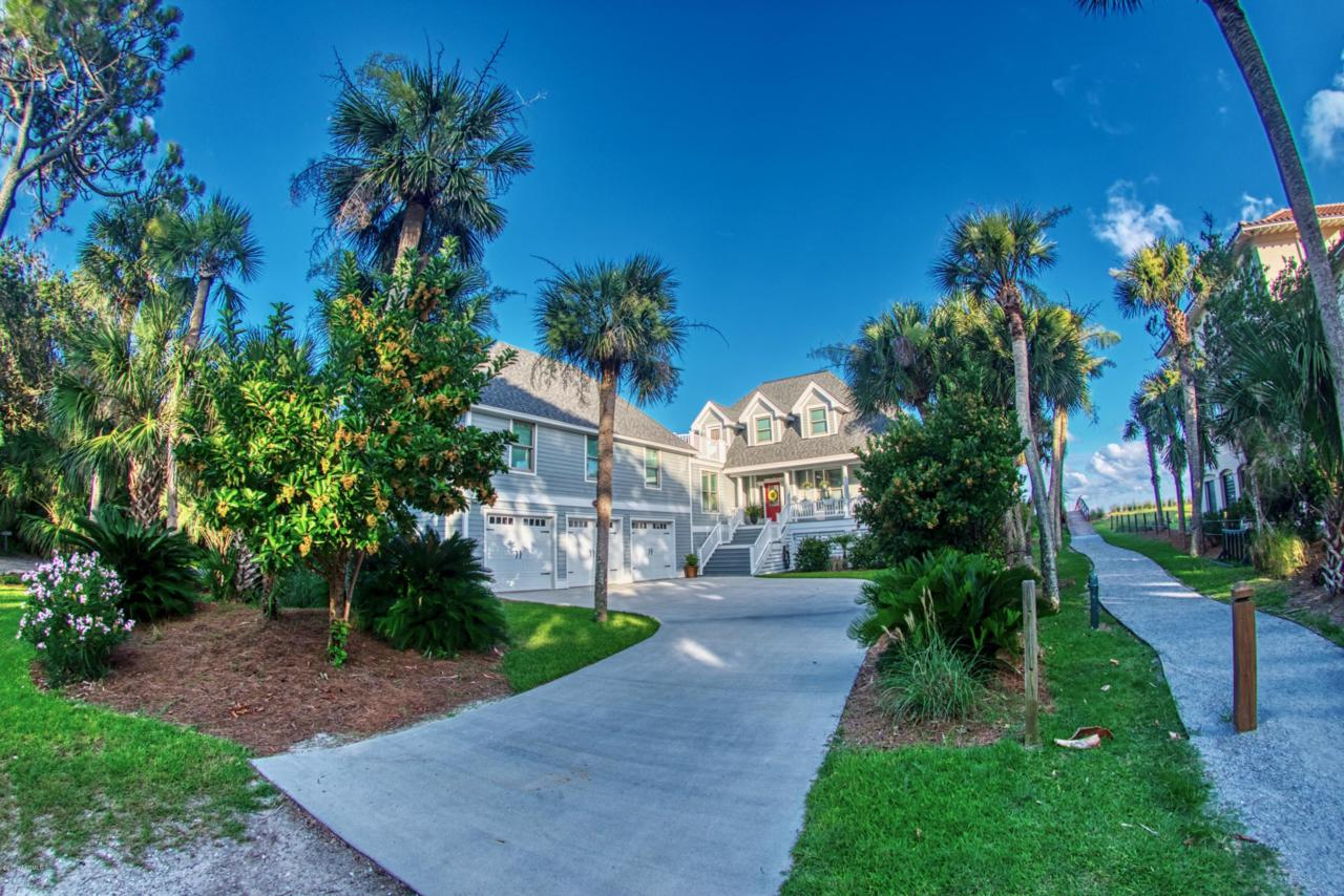 386 Tarpon Boulevard - Photo 1
