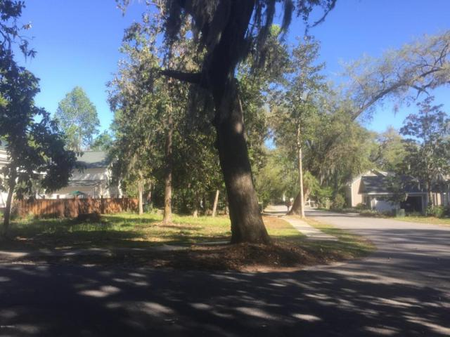 90 Gautier Place, Beaufort, SC 29902 (MLS #154870) :: RE/MAX Coastal Realty