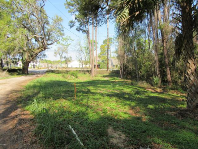 168 Sams Point Road, Beaufort, SC 29907 (MLS #156569) :: RE/MAX Island Realty