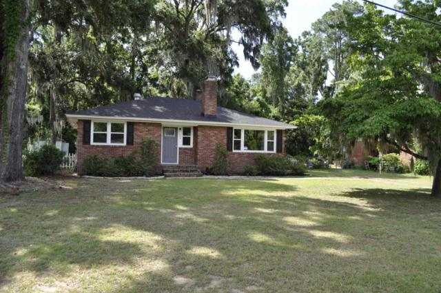 1006 Cypress Street, Beaufort, SC 29906 (MLS #157861) :: RE/MAX Coastal Realty