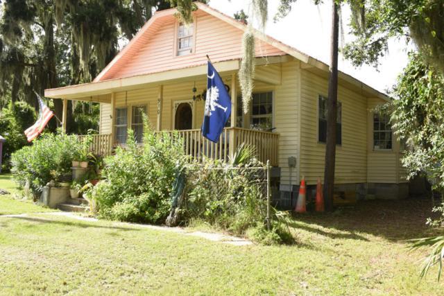 910 7th Street, Port Royal, SC 29935 (MLS #158282) :: RE/MAX Coastal Realty
