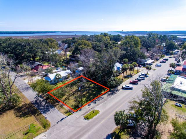 1008 Paris Avenue, Port Royal, SC 29935 (MLS #160651) :: RE/MAX Island Realty
