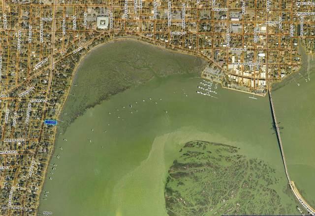 765 Ribaut Road, Beaufort, SC 29902 (MLS #165148) :: RE/MAX Island Realty