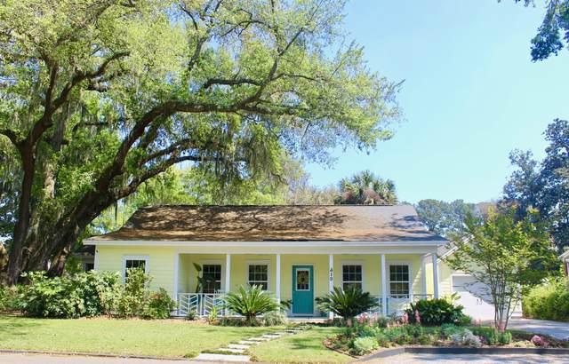 419 Heyward Street, Beaufort, SC 29902 (MLS #165883) :: Shae Chambers Helms | Keller Williams Realty