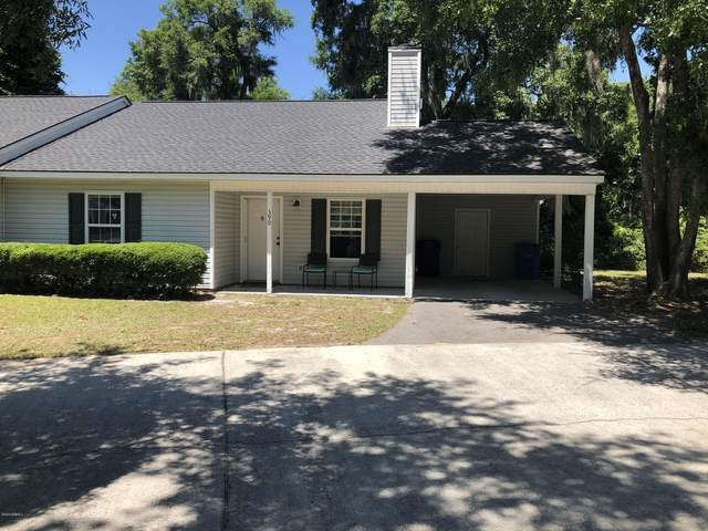 390 Cedar Grove Circle, Beaufort, SC 29902 (MLS #166242) :: Shae Chambers Helms | Keller Williams Realty