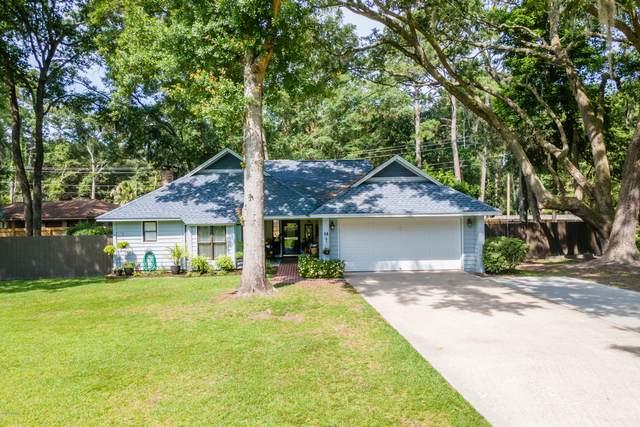 14 Chesterfield Lake Drive, Beaufort, SC 29906 (MLS #166546) :: Shae Chambers Helms | Keller Williams Realty