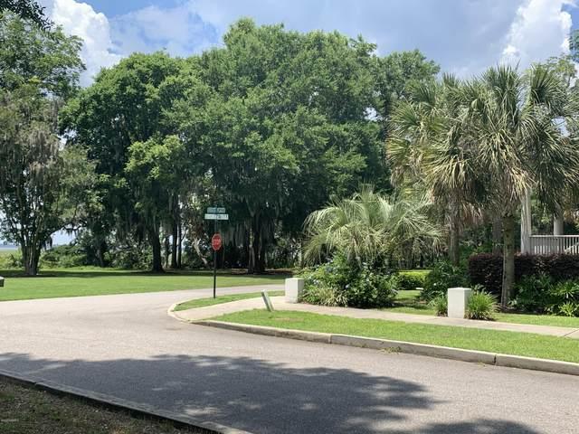 28 River Place, Beaufort, SC 29906 (MLS #166638) :: MAS Real Estate Advisors