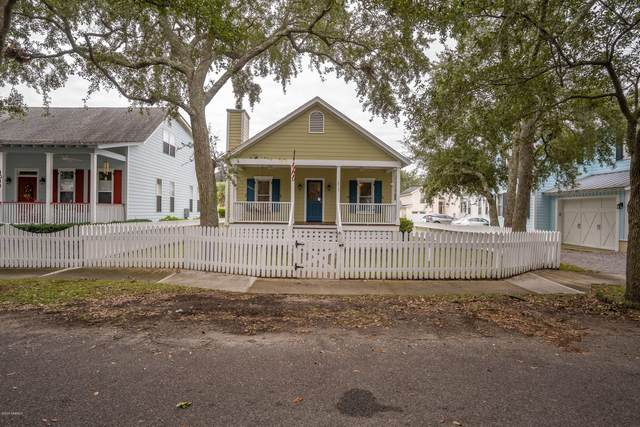 1013 10th Street, Port Royal, SC 29935 (MLS #168408) :: Shae Chambers Helms | Keller Williams Realty