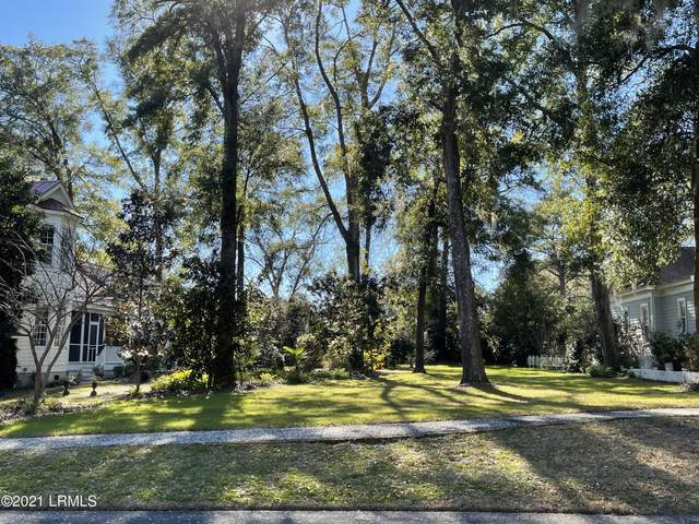 54 Wrights Point Circle, Beaufort, SC 29902 (MLS #169613) :: Shae Chambers Helms | Keller Williams Realty