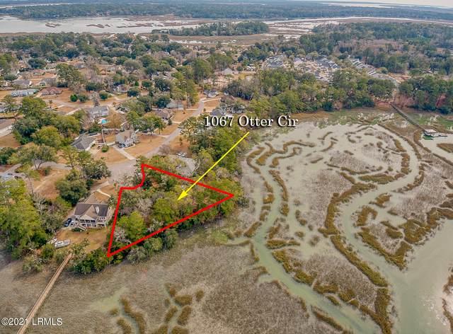 1067 Otter Circle, Beaufort, SC 29906 (MLS #169783) :: Shae Chambers Helms | Keller Williams Realty