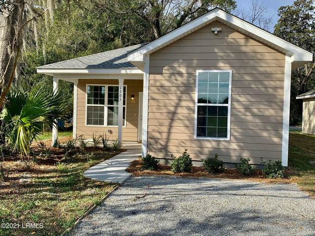 1205 Lafayette, Beaufort, SC 29902 (MLS #170119) :: Coastal Realty Group