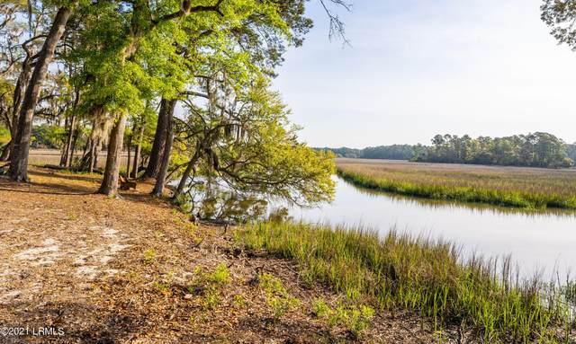 530 Sams Point Road, Beaufort, SC 29907 (MLS #170700) :: Shae Chambers Helms   Keller Williams Realty
