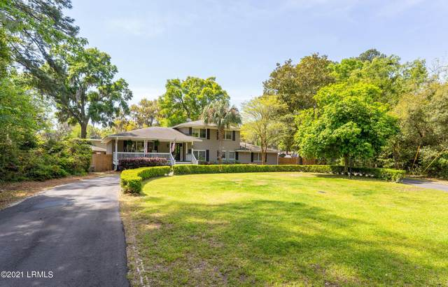 2812 W Royal Oaks Drive, Beaufort, SC 29902 (MLS #170715) :: Shae Chambers Helms | Keller Williams Realty