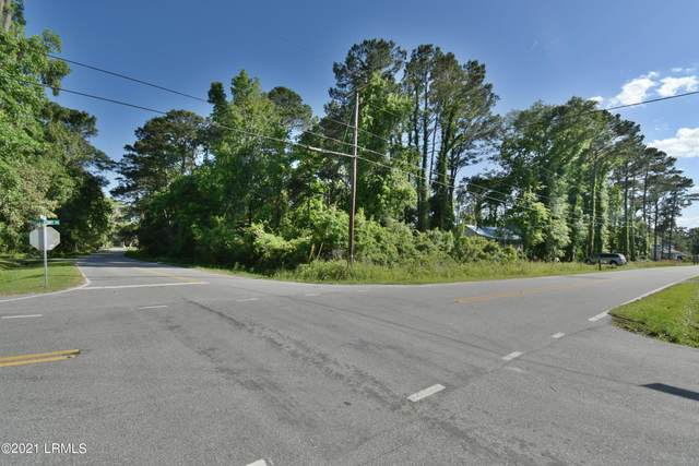4002 Shell Point Road, Beaufort, SC 29906 (MLS #171221) :: RE/MAX Island Realty