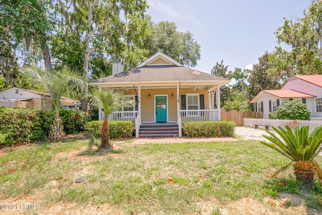 918 La Chere Street, Beaufort, SC 29902 (MLS #172150) :: Coastal Realty Group