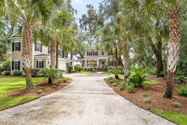 4 Claires Point Road, Beaufort, SC 29907 (MLS #172899) :: Coastal Realty Group