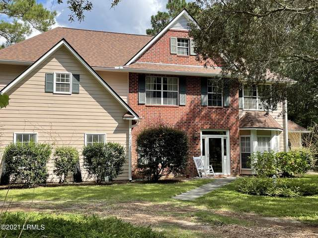 14 Moultrie Court, Beaufort, SC 29907 (MLS #172973) :: Coastal Realty Group
