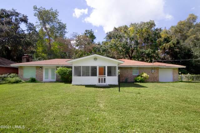32 Guerrard Avenue, Bluffton, SC 29910 (MLS #173186) :: Coastal Realty Group