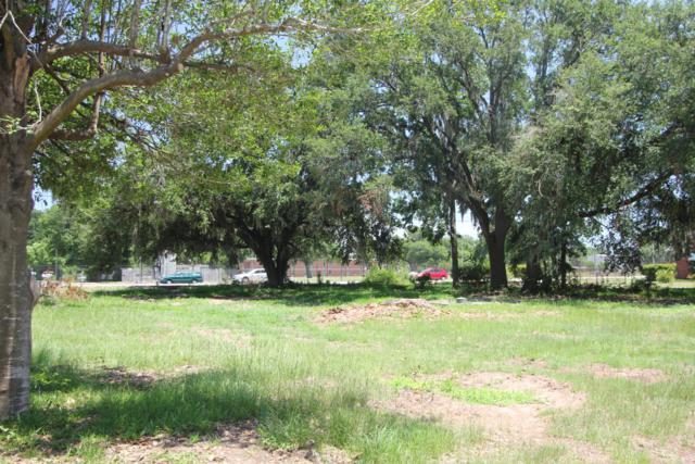 1520 Ribaut Road, Port Royal, SC 29935 (MLS #157684) :: RE/MAX Coastal Realty