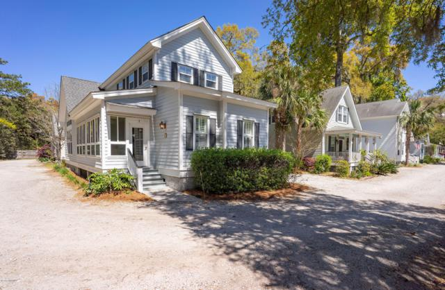 1 Crows Nest Avenue, Beaufort, SC 29907 (MLS #161239) :: RE/MAX Island Realty