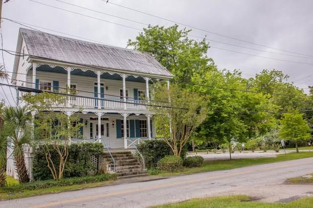 708 King Street, Beaufort, SC 29902 (MLS #166394) :: Shae Chambers Helms | Keller Williams Realty