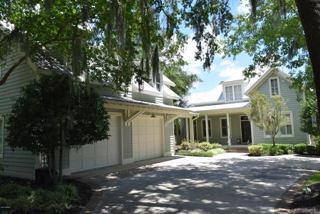 14 Wrights Point Circle, Beaufort, SC 29902 (MLS #166906) :: Shae Chambers Helms | Keller Williams Realty