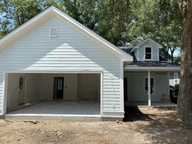 1 Carolina Village Circle, Beaufort, SC 29906 (MLS #167464) :: Coastal Realty Group