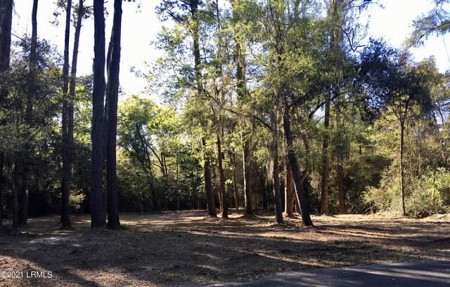 7 Shade Tree Lane, Lady's Island, SC 29907 (MLS #168033) :: Shae Chambers Helms   Keller Williams Realty