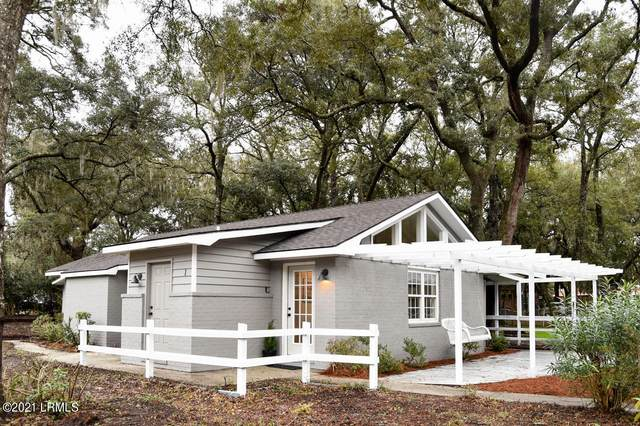 1 Jasmine Court, Beaufort, SC 29907 (MLS #169899) :: RE/MAX Island Realty
